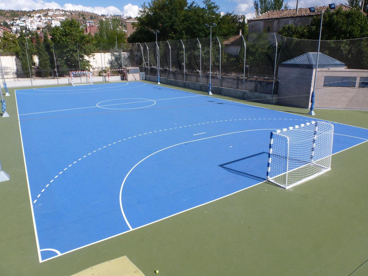 Pista exterior 3 pista de f tbol sala exterior for Pista de futbol sala medidas