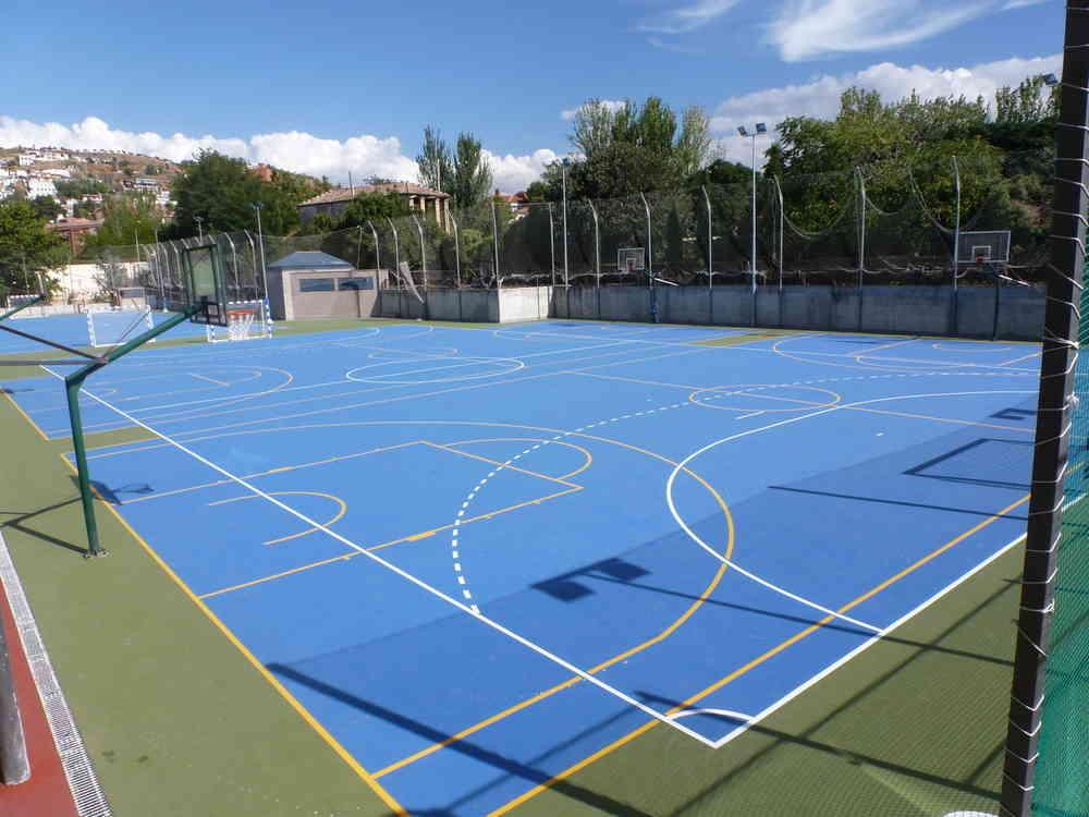 Dimensiones pista futbol sala excellent amenidades for Pista de futbol sala medidas
